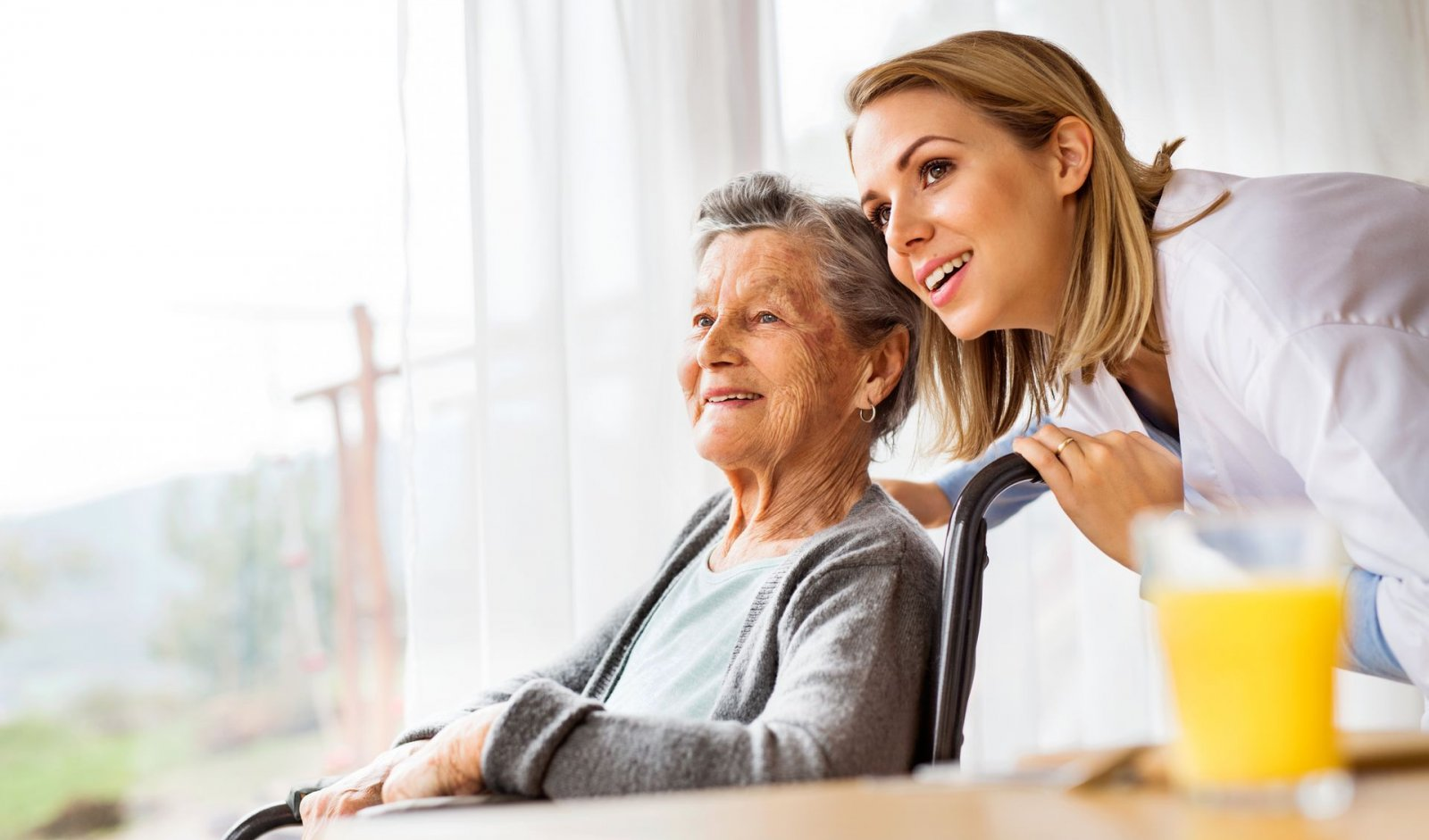 7 Ways to Make Your Parent's Nursing Home Transition Easier