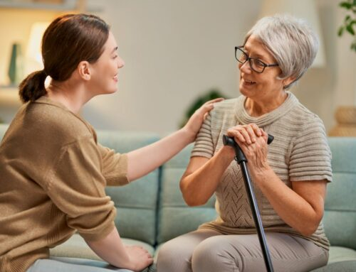 Assisted Living vs. Memory Care – What's the Difference?
