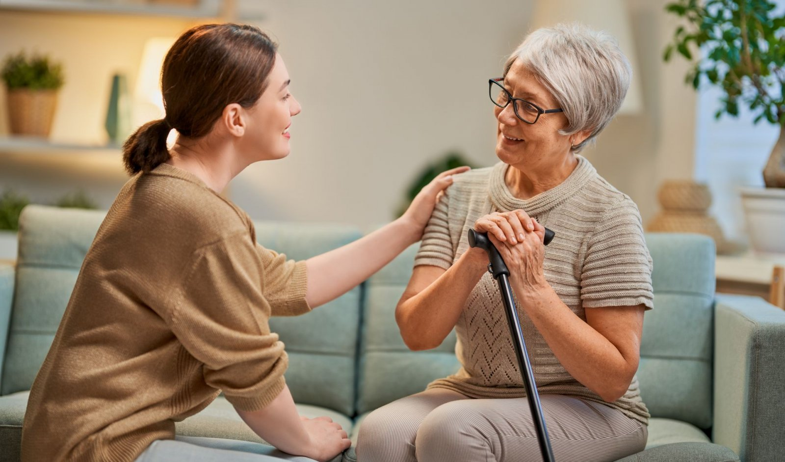 Assisted Living vs. Memory Care - What's the Difference?